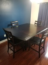 Solid wood, dinning room table w/7 chairs and center  leaf extension in Camp Lejeune, North Carolina