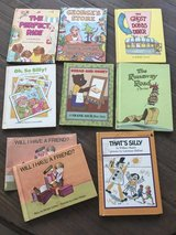 8 vintage hardcover children's books in Warner Robins, Georgia