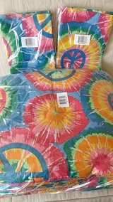 NWT Full Size Comforter & Valances in Bolingbrook, Illinois