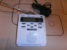 WEATHER RADIO MIDLAND  LIKE NEW in Fort Campbell, Kentucky