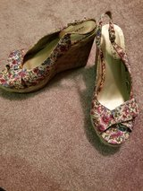 Flowered Open-toed Sandles in Bolingbrook, Illinois