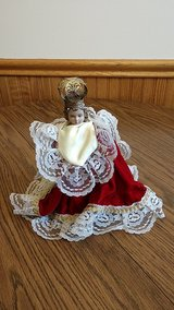 Infant of Prague statue in Algonquin, Illinois