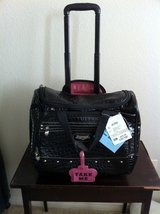 New Never Used Kathy Van Zeeland Carryon -- Pick up in Oceanside in Camp Pendleton, California