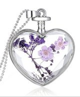 Flower Necklace in Spring, Texas