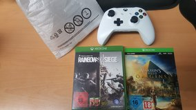 Xbox one games and controller in Hohenfels, Germany