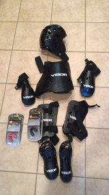 Youth size sparring gear**lower price*** in Baytown, Texas