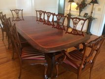 Henredon Dining Room Set in Fort Jackson, South Carolina