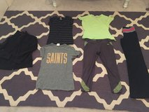 Woman's workout clothes size small under Armour Nike etc in Leesville, Louisiana