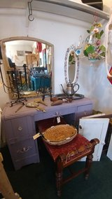 Mulberry Vanity/Desk in Alamogordo, New Mexico