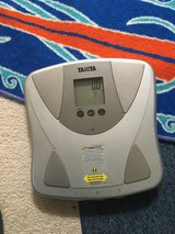 Tanita Duo Weight Scale with Body Fat Monitor in Camp Pendleton, California
