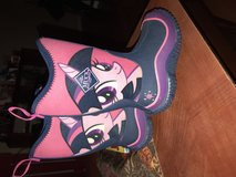 Girls muck boots size 10 in Fort Knox, Kentucky