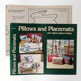1983 Sew and Appliqué PILLOWS and PLACEMATS Instruct Pattern booklet in Westmont, Illinois