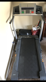 Treadmill in Bolingbrook, Illinois
