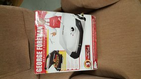 BRAND NEW GEORGE FOREMAN (NEVER USED) in Naperville, Illinois