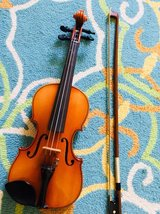 Suzuki Violin 1/10 made in Japan in Okinawa, Japan