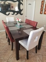 Dining table w/6 chairs in Kingwood, Texas