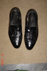 Men's Black Leather Tassel Wing Tip Loafers Size 10.5M in Westmont, Illinois