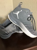 boys size 6 Jordan's clean excellent condition in Travis AFB, California