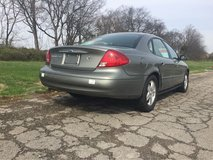 2001 Ford Taurus SEL with ONLY 51k Miles in Fort Campbell, Kentucky