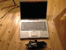 Compaq Presario v2000 - still in working condition in Wiesbaden, GE