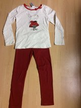 Olivia the Pig outfit size 8 in Naperville, Illinois