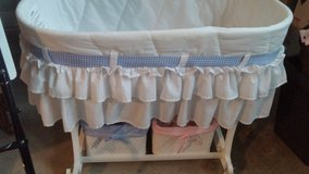 BASSINET in St. Charles, Illinois