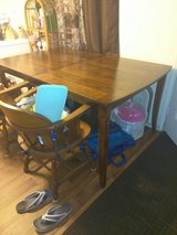 kitchen table and chairs in Oceanside, California