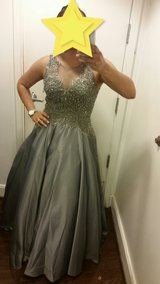 Prom dress in Barstow, California