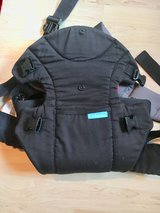 Infantino Baby Carrier in Ramstein, Germany