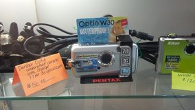 pentax optio w30 waterproof camera in Warner Robins, Georgia