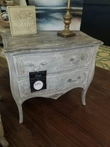 Custom Finish Entry Table in St. Charles, Illinois