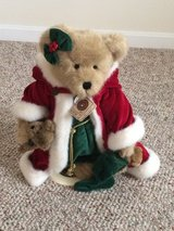Boyd's Santa Plush Bear on Stand in Fort Knox, Kentucky