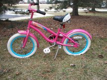 """Girl's Diamondback Bicycle with Training Wheels - Pink - 22"""" Tall in Chicago, Illinois"""