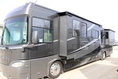 REDUCED!  2008 Gulf Stream Crescendo 40K diesel pusher Class A RV 21,900 miles in St. Charles, Illinois