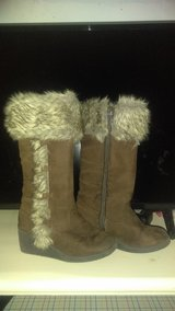 Toddler boots size 12 in Joliet, Illinois