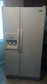 ((Whirlpool Fridgerator for Sale $400 Call for details and pictures.)) in 29 Palms, California