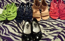 Sandals  Size 7 and 8 one pair is new other 4 worn once in Warner Robins, Georgia