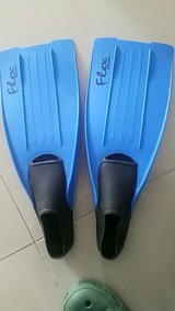 Flex Oceanic Green Ocean Beach Swim Fins Flippers Size 8-10 in Okinawa, Japan