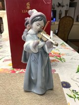 "BEAUTIFUL LLADRO PORCELAIN FIGURINE - ""THE SPIRIT OF CHRISTMAS"" – Retired - 06534 in Fort Leonard Wood, Missouri"