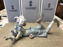"BEAUTIFUL LLADRO PORCELAIN FIGURINE - ""THE MAGIC OF COMEDY"" – Retired - 06913 in Fort Leonard Wood, Missouri"