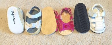 Girls Size 1 Sandals in Orland Park, Illinois