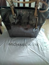 Michael Kors Metallic Tote in Barstow, California