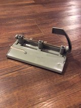 Skilcraft Foothill 310 Heavy Duty 3 Hole Punch in Okinawa, Japan