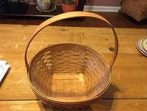 Lg Longaberger Easter Basket 1999 in Clarksville, Tennessee