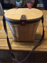 Longaberger Medium St Purse 2001 in Clarksville, Tennessee