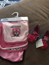 new bibs and girls baby shoes in Hinesville, Georgia