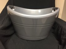 Igloo 20 quart Insulated Party Bucket in Westmont, Illinois