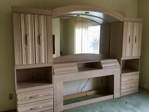 *REDUCED* Queen Headboard With Side Piers and Lighting in Yucca Valley, California