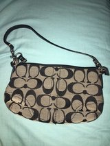 Signature Black Coach Purse in Quantico, Virginia