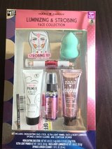 New Box Makeup set in Clarksville, Tennessee
